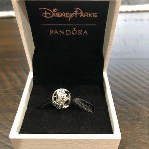 NIB Chef Mickey Mouse Pandora Charm
